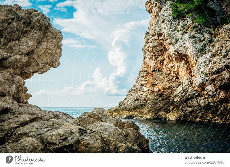 Blackwater Bay Vacation & Travel Tourism Trip Adventure Far-off places Freedom Sightseeing Summer vacation Ocean Mountain Hill Rock Dubrovnik Croatia Europe