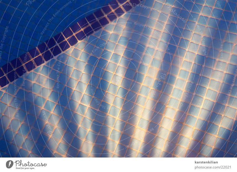 Blue Lamp Lighting Swimming pool Tile Obscure Flow Beam of light