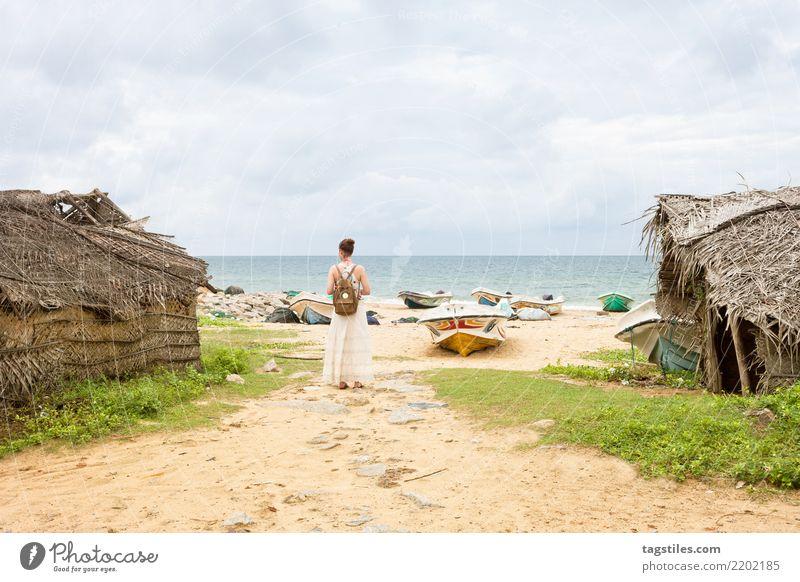 Woman at Talawila's fishing village, Sri Lanka Kalpitiya Thalawila Asia Vacation & Travel Fishing village Village Traveling Idyll Freedom Card Tourism Sun