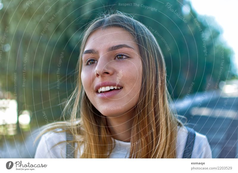 Face girl Beautiful Calm Joy Life Lifestyle Emotions Feminine Happy Exceptional Retro Authentic Happiness Adventure Curiosity Wellness Harmonious