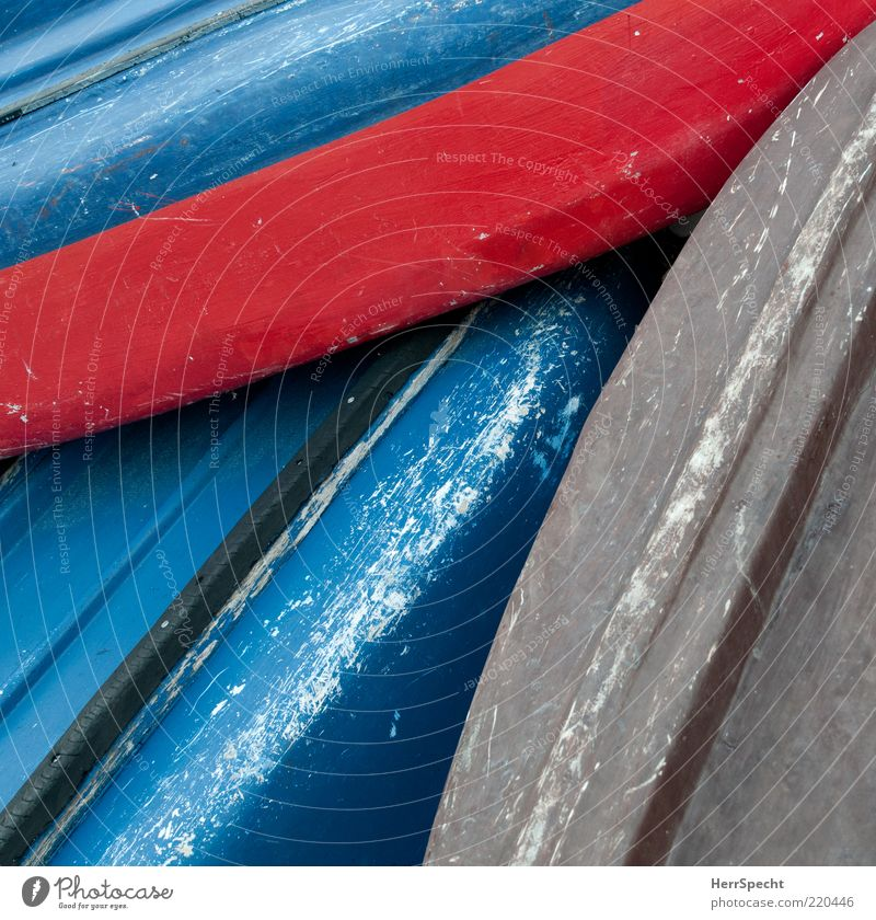 on the dry Fishing boat Watercraft Plastic Old Blue Gray Red Spar varnish Hull Scratched Broken Varnished Scratch mark Colour photo Exterior shot Close-up
