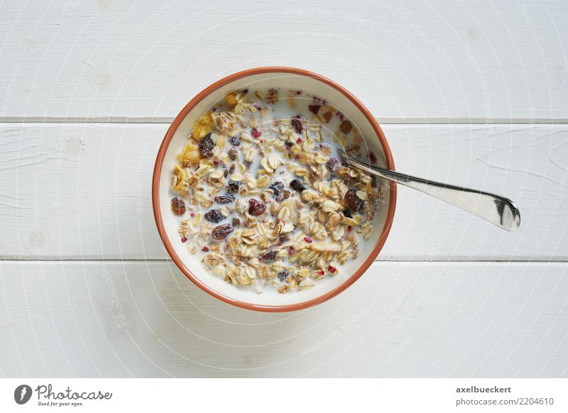 müsli Food Nutrition Breakfast Organic produce Vegetarian diet Milk Bowl Spoon Lifestyle White Cereal Cornflakes Snack Portion Carbohydrates fruit muesli