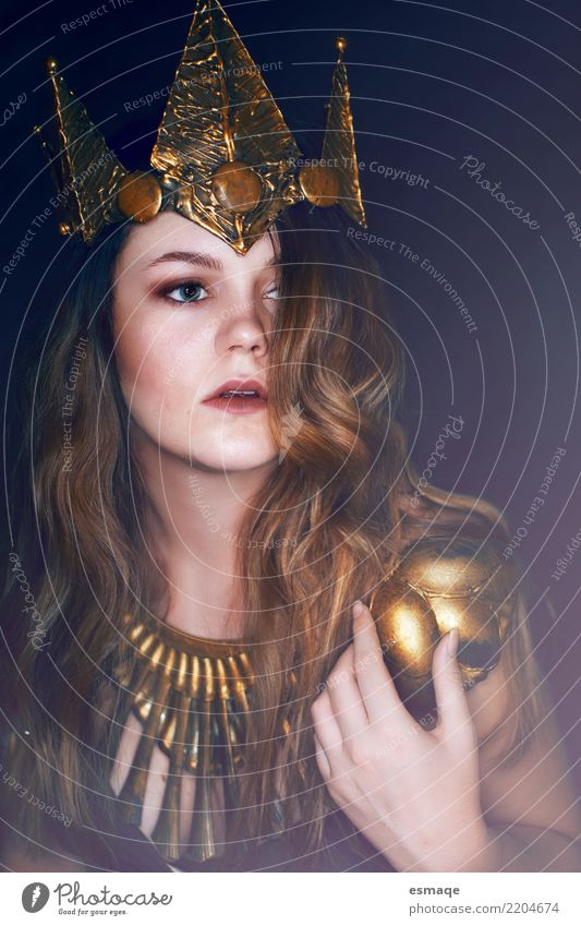 Princess fantasy portrait Carnival Hallowe'en Human being Feminine Young woman Youth (Young adults) Accessory Jewellery Crown Cool (slang) Dark Elegant