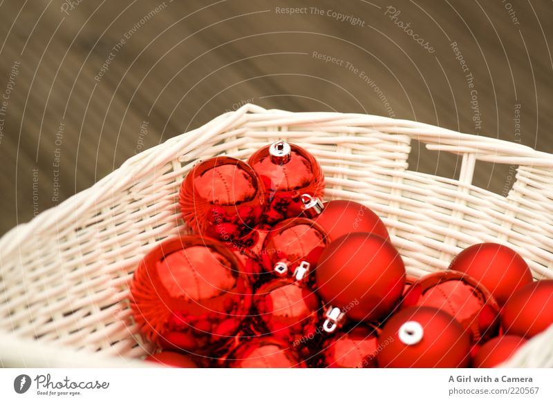 Christmas bauble parking lot Lifestyle Elegant Style Design Decoration Hang Lie Glittering Kitsch Red White Sphere Basket Keep Christianity Winter