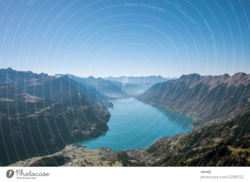 Lake Brienz Fitness Leisure and hobbies Vacation & Travel Tourism Trip Far-off places Freedom Mountain Hiking Environment Nature Landscape Sky Cloudless sky