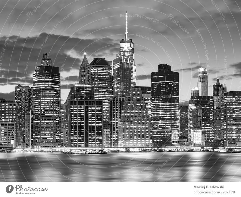 Black and white picture of New York City skyline at nigh. Town White Architecture Building Exceptional Office High-rise Elegant Vantage point Success USA River