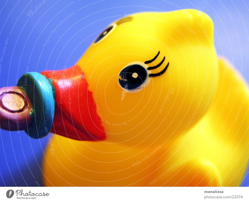 Eyes Animal Yellow Swimming & Bathing Toys Statue Duck Beak Float in the water Eyelash Squeak duck Soother