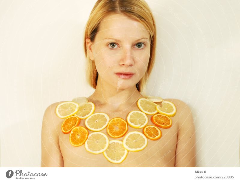 FRUITS Food Fruit Beautiful Human being Feminine Young woman Youth (Young adults) Chest 1 18 - 30 years Adults Sour Sweet Yellow Citrus fruits Lemon Orange