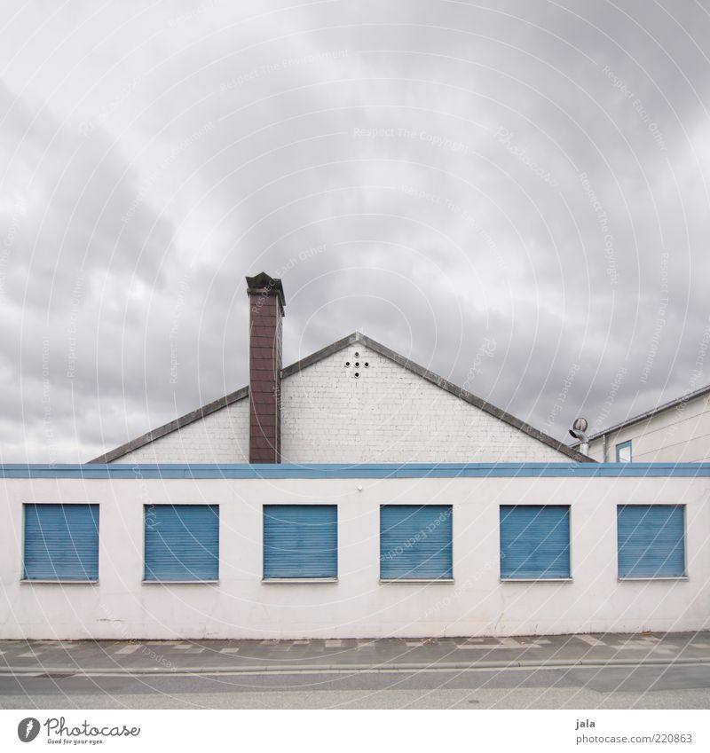 Sky Blue White Clouds House (Residential Structure) Street Window Architecture Gray Lanes & trails Building Closed Facade Gloomy Roof