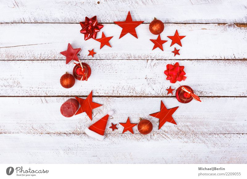 Circle on Christmas Decoration Ornaments, red on white Winter Christmas & Advent Wood Red White Arranged copy space Grunge Table Minimalistic