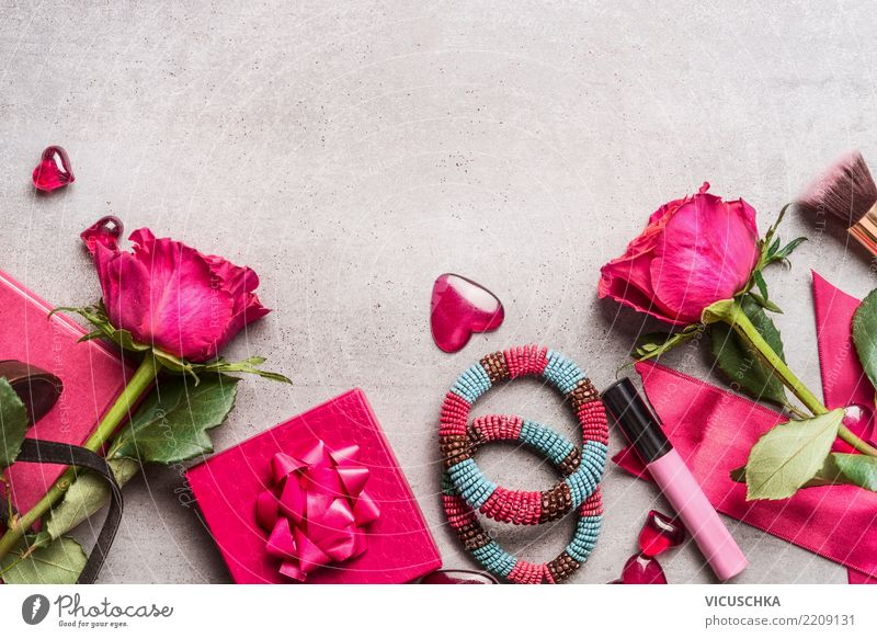 Ladies Accessories for Valentine's Day Style Design Party Event Feasts & Celebrations Feminine Decoration Bouquet Sign Love Retro Pink Emotions Joy