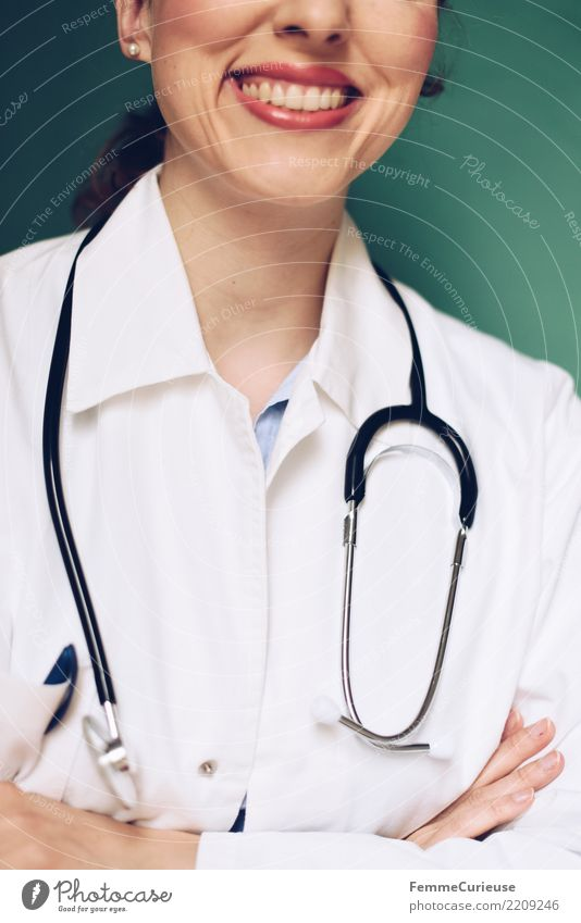 Doctor 35 Work and employment Profession Feminine Woman Adults 1 Human being 30 - 45 years Competent Success Smock Protective clothing Workwear Stethoscope