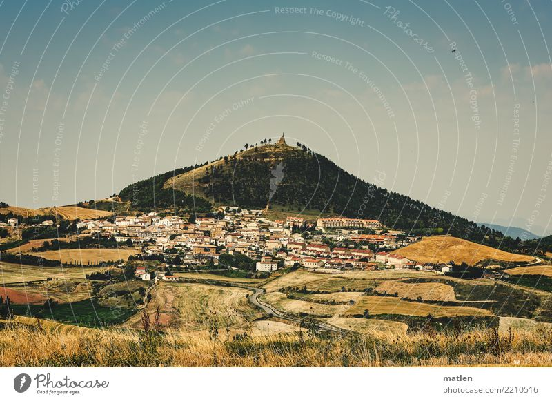 Navarre Nature Landscape Plant Sky Horizon Summer Beautiful weather Warmth Field Hill Mountain Peak Small Town House (Residential Structure) Spain Navarra