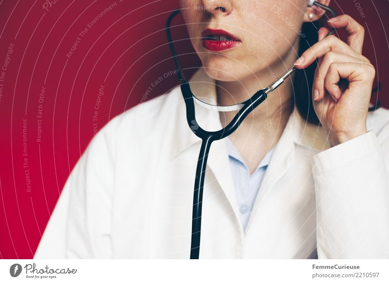 Doctor 16 Work and employment Profession Feminine Woman Adults Human being 30 - 45 years Competent Trust Listening Stethoscope Smock Workwear
