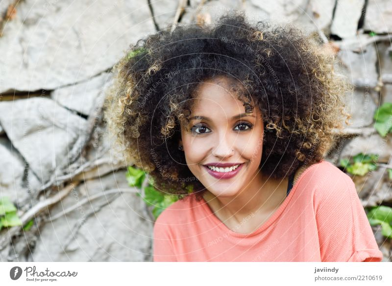 Mixed woman with afro hairstyle smiling Lifestyle Style Beautiful Hair and hairstyles Face Human being Woman Adults Fashion Afro Smiling Cute Brown Black out