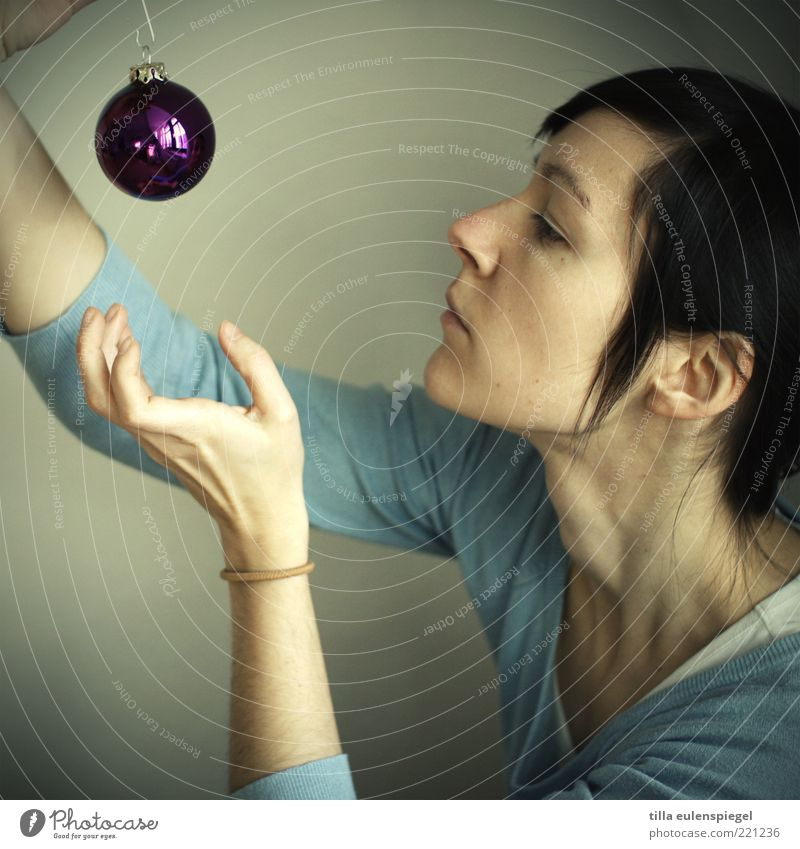 Woman Human being Christmas & Advent Youth (Young adults) Blue Feminine Adults Round Violet Kitsch Decoration Glitter Ball Hang Grasp Embellish