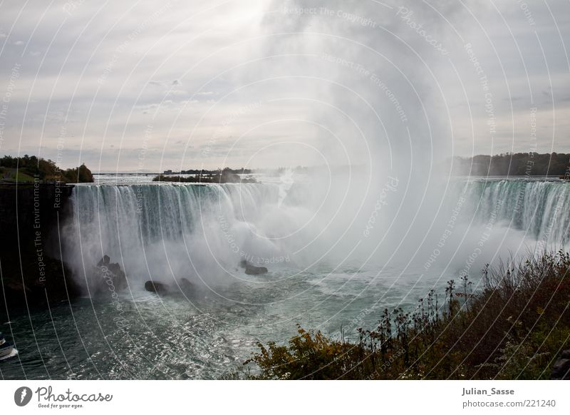 Niagara Falls Environment Nature Landscape Plant Elements Earth Air Water Drops of water Sky Clouds Waterfall Niagara Falls (USA) Exceptional Canada