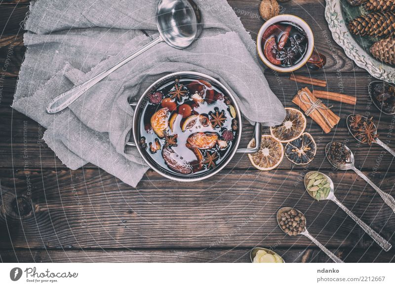 Ingredients in iron spoons Fruit Herbs and spices Beverage Alcoholic drinks Wine Mulled wine Spoon Winter Decoration Table Feasts & Celebrations