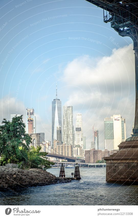 New York through the keyhole. Water Sun Waves Coast River bank New York City USA Town Port City Downtown Skyline Deserted House (Residential Structure)