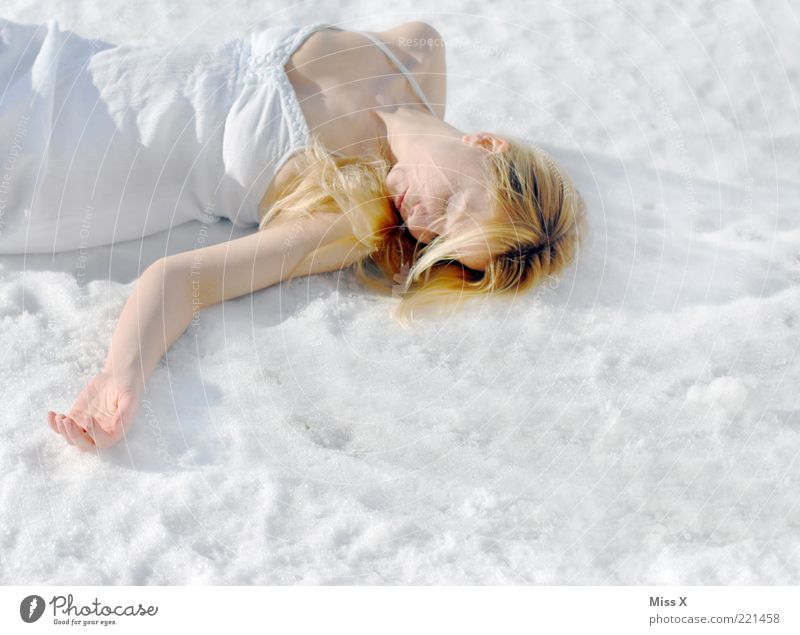 snow corpse Human being Feminine Young woman Youth (Young adults) 1 18 - 30 years Adults Winter Ice Frost Snow Dress Lie Blonde Cold Death Sleep Fatigue Freeze