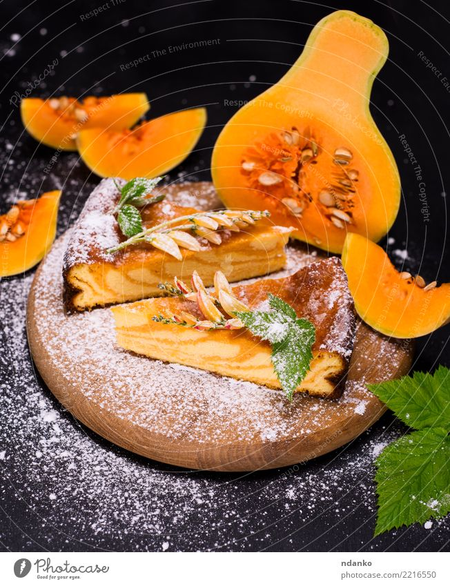 pumpkin pie on a wooden board Vegetable Dessert Candy Thanksgiving Hallowe'en Autumn Leaf Wood Eating Fresh Delicious Natural Orange Black Tradition Pumpkin Pie