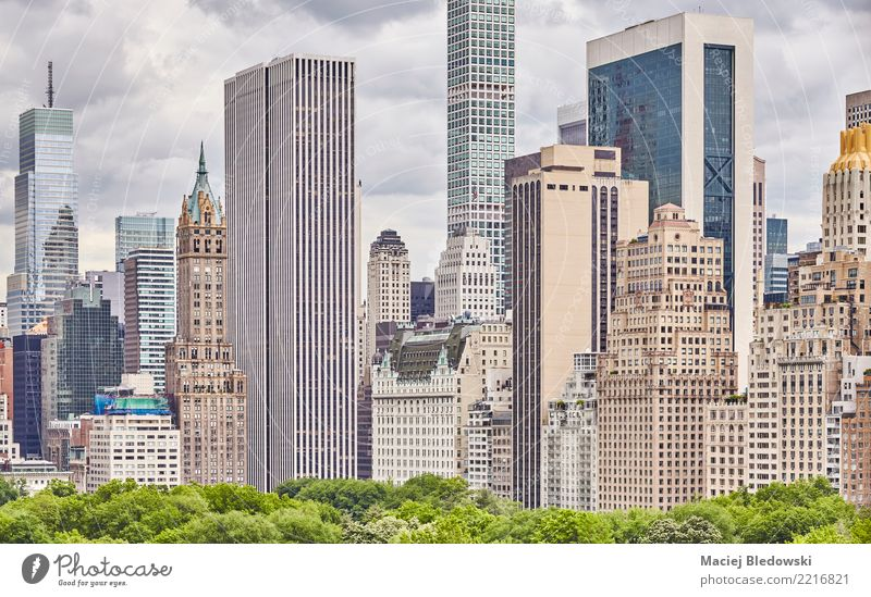 New York City architecture. Sightseeing City trip Summer Living or residing Flat (apartment) Workplace Office Economy Construction site Skyline Overpopulated