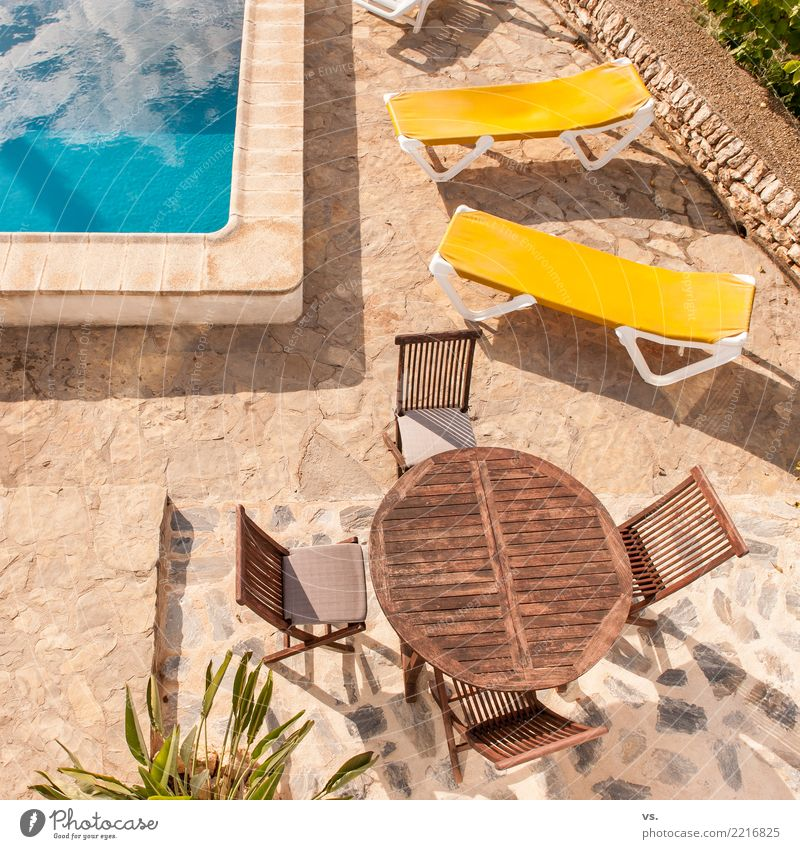 Vacation & Travel House (Residential Structure) Relaxation Calm Warmth Yellow Happy Garden Swimming & Bathing Free Lie Sit To enjoy Summer vacation