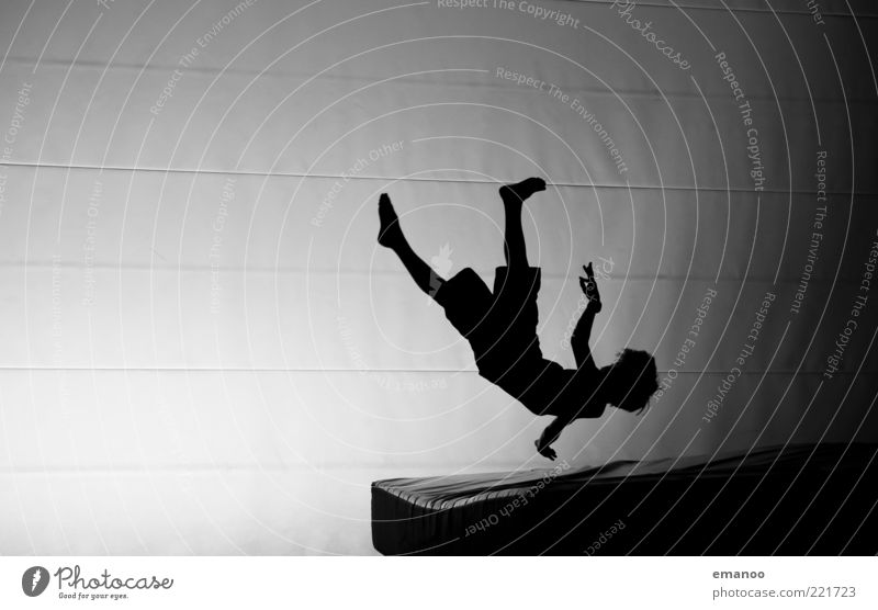 Silhouette 2 Lifestyle Leisure and hobbies Sports Fitness Sports Training Sportsperson Human being Masculine Youth (Young adults) 1 Movement To fall Flying Jump