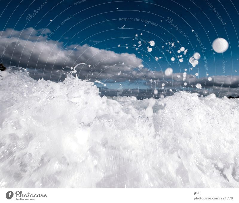 Spray {N7} Summer vacation Ocean Waves Nature Elements Water Drops of water Autumn Wind Movement Jump Threat Elegant Fluid Wet Round White Dynamics Flying