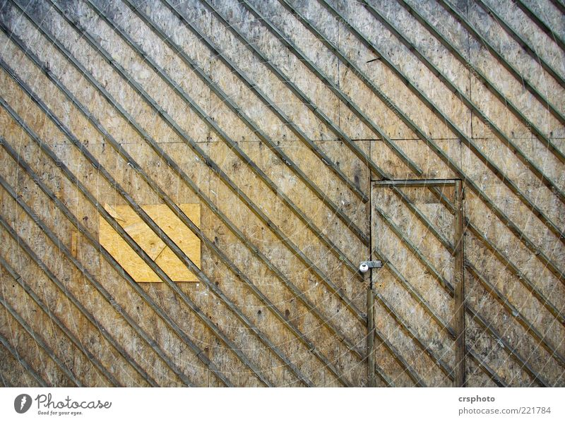 Doors and Stripes House (Residential Structure) Manmade structures Wall (barrier) Wall (building) Brown Design Symmetry Scotland Wood Lock Diagonal Wooden wall
