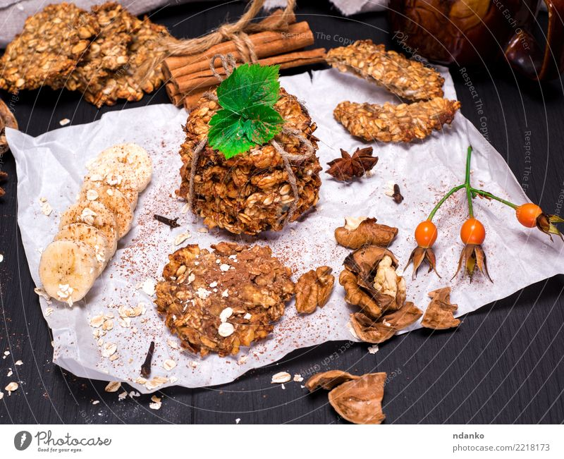 biscuits made from oatmeal and bananas White Eating Natural Wood Health care Brown Nutrition Table Energy Delicious Candy Breakfast Tradition Dessert