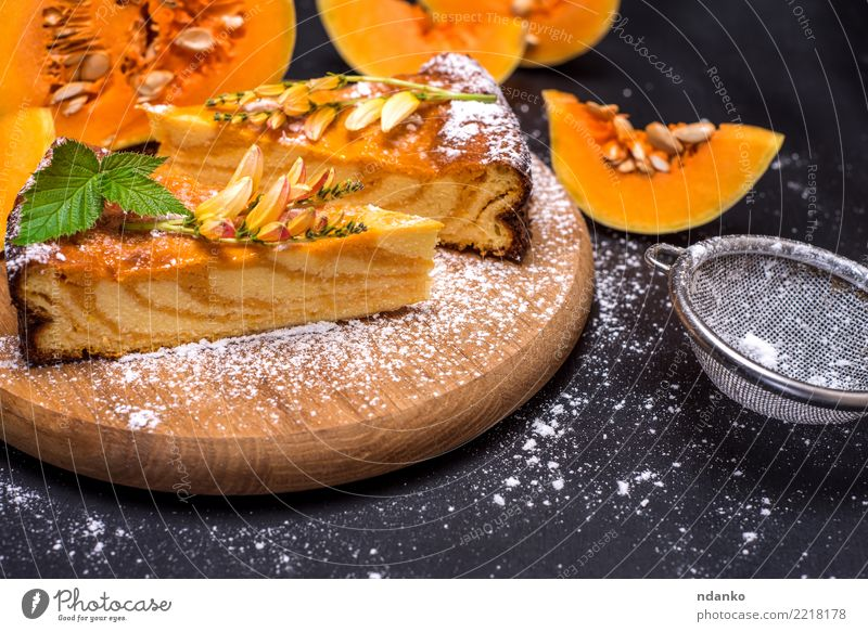 pieces of pumpkin pie Vegetable Dessert Candy Thanksgiving Hallowe'en Autumn Wood Eating Fresh Delicious Natural Green Orange Black Tradition Meal ripe Slice