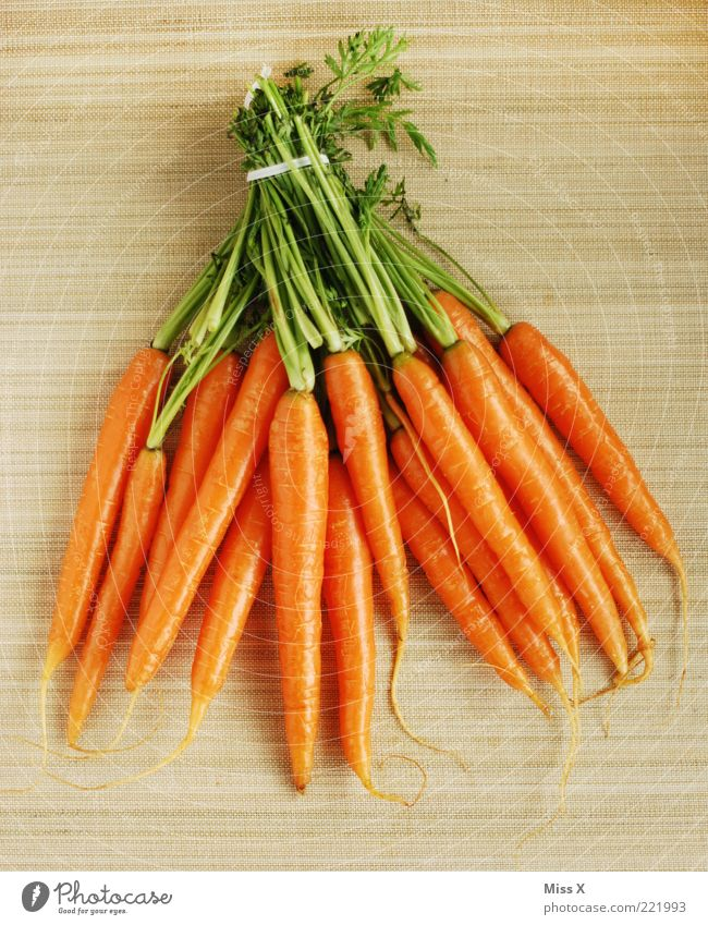 A bond for life Food Vegetable Nutrition Organic produce Vegetarian diet Diet Delicious Carrot Bundle Orange Fresh Crunchy Healthy Eating Root vegetable