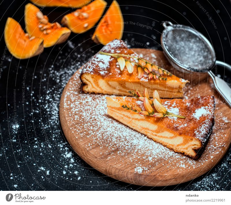 pieces of pumpkin pie Black Autumn Natural Wood Nutrition Fresh Table Cooking Kitchen Delicious Vegetable Tradition Dessert Baked goods Dinner