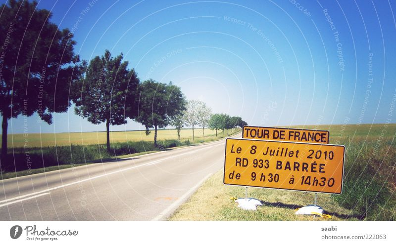 Nature Summer Street Field Time Signs and labeling Information Signage Original Sports Cycle race Cloudless sky Capital letter Tour de France