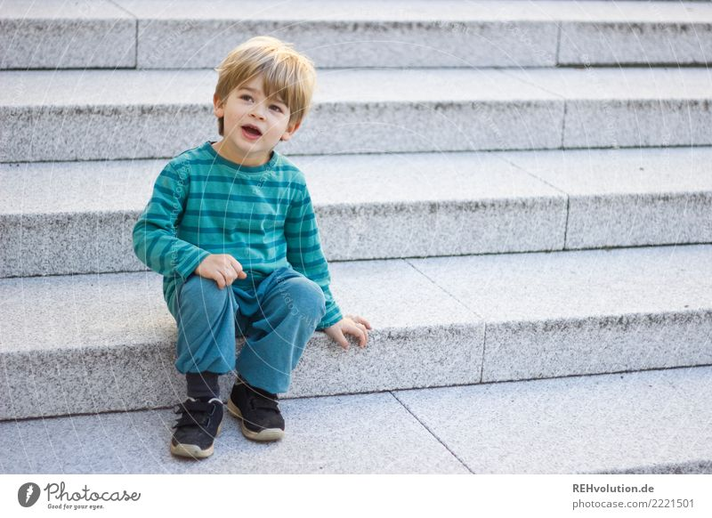 on the stairs Human being Child Toddler Boy (child) Infancy 1 1 - 3 years 3 - 8 years Town Stairs Sit Wait Authentic Friendliness Small Natural Curiosity