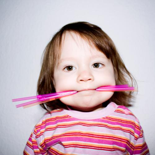 I'M A STRAW MONSTER. Joy Happy Playing Children's game Human being Toddler Girl 1 1 - 3 years Hair and hairstyles Brunette Long-haired Exceptional Uniqueness