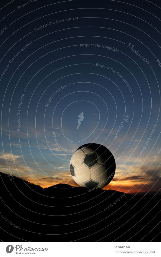Nature Sky Blue Far-off places Sports Mountain Movement Landscape Soccer Environment Foot ball Weather Flying Horizon Ball Round