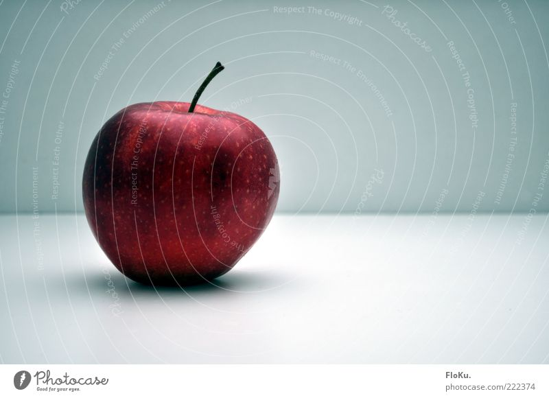 Beautiful Healthy Eating Red Cold Food Fruit Glittering Lie Esthetic Nutrition Sweet Round Delicious Organic produce Stalk Apple