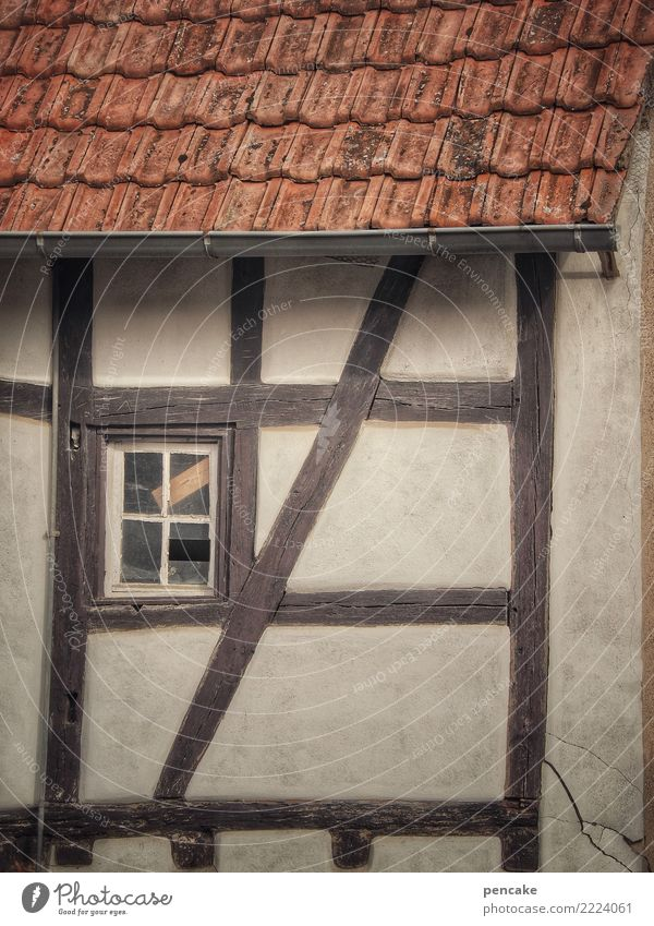 Window to the courtyard Old town House (Residential Structure) Building Architecture Facade Roof Authentic Historic Town Half-timbered house Alsace