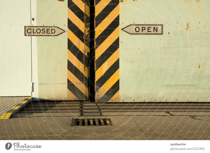 CLOSED/OPEN Gate Manmade structures Building Architecture Door Stripe Gap Sliding door Doubt Alternative Signs and labeling Arrow Direction Road marking Gully