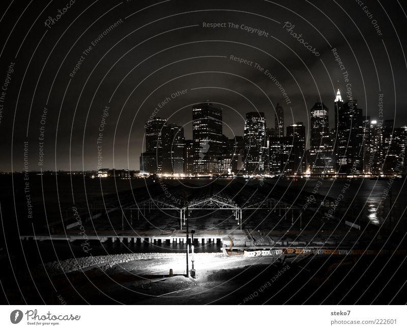Water City Dark Lighting High-rise Construction site Creepy Skyline New York City Manhattan Flare Night Long exposure