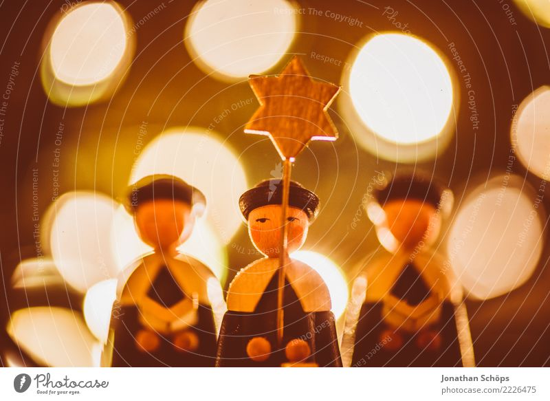 Christmas Decoration with Bokeh XIV Christmas & Advent Singer Warmth Bright Moody Hope Tradition Erz Mountains Erzgebirgskunst Figure Wooden figure currender