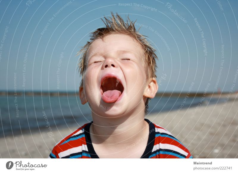 Human being Child Water Beautiful Beach Face Boy (child) Happy Happiness Infancy Exceptional Scream Toddler Joie de vivre (Vitality) Surprise Brash