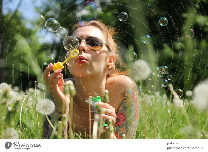 summer blisters Feminine Woman Adults 18 - 30 years Youth (Young adults) Plant Sky Meadow Sunglasses Joie de vivre (Vitality) Infatuation Soap bubble Blow