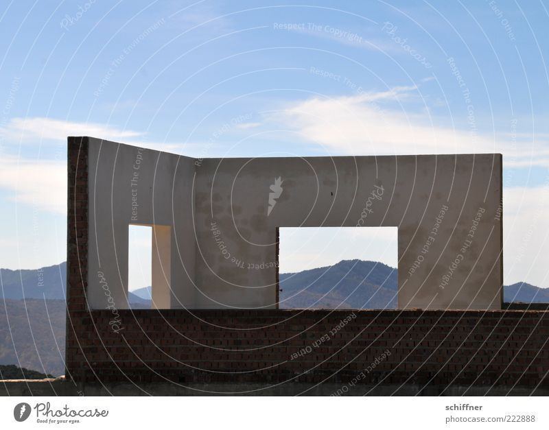 Last-minute offer: Half room with view II Sky Beautiful weather Mountain Deserted House (Residential Structure) Dream house Manmade structures Building