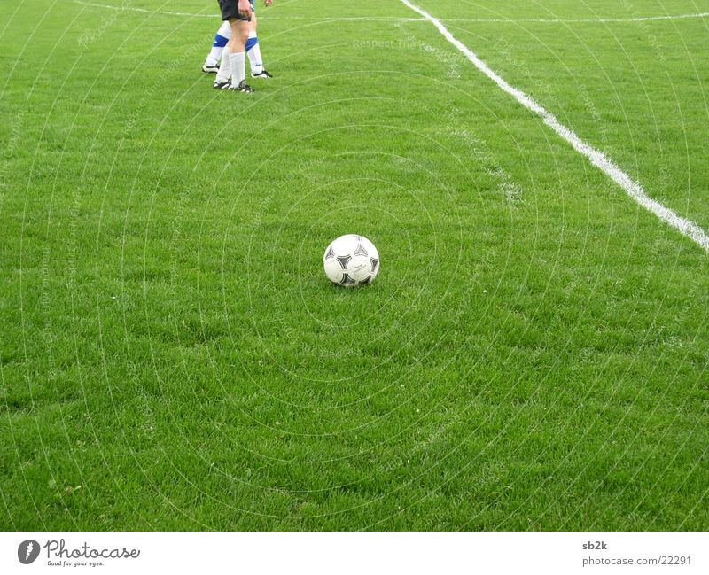 Calm Meadow Sports Grass Line Soccer Ball Lawn Playing field Chalk Side Tactics Abbreviate Move (board game) Linesman