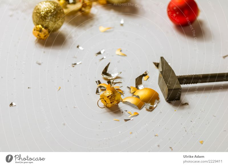 Christmas & Advent Anti-Christmas Feasts & Celebrations Illuminate Glittering Gold Glass Broken Change Sign New Year's Eve Sphere Tool Aggression Destruction