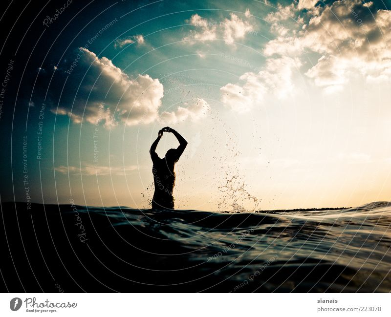 water ballet Life Harmonious Well-being Swimming & Bathing Vacation & Travel Freedom Summer Summer vacation Ocean Human being Masculine Androgynous Man Adults 1