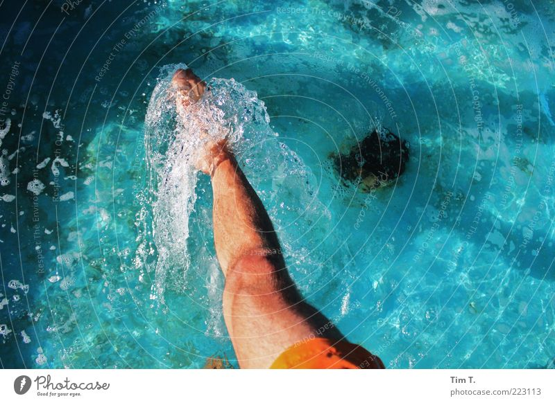 Water Swimming pool Human being Masculine Life Legs Feet 1 Colour photo Exterior shot Day Downward Foot bath Swimming & Bathing Cooling Inject Tip of the foot